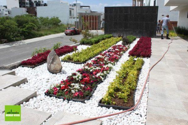Diseño de jardín moderno en Green 14, Zibatá